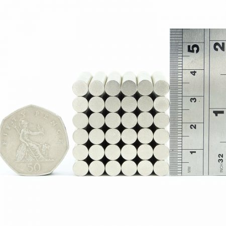 6mm x 0.5mm neodymium magnets pack of 50 size comparison to 50p