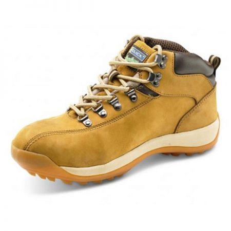 Click traders chukka boots in tan